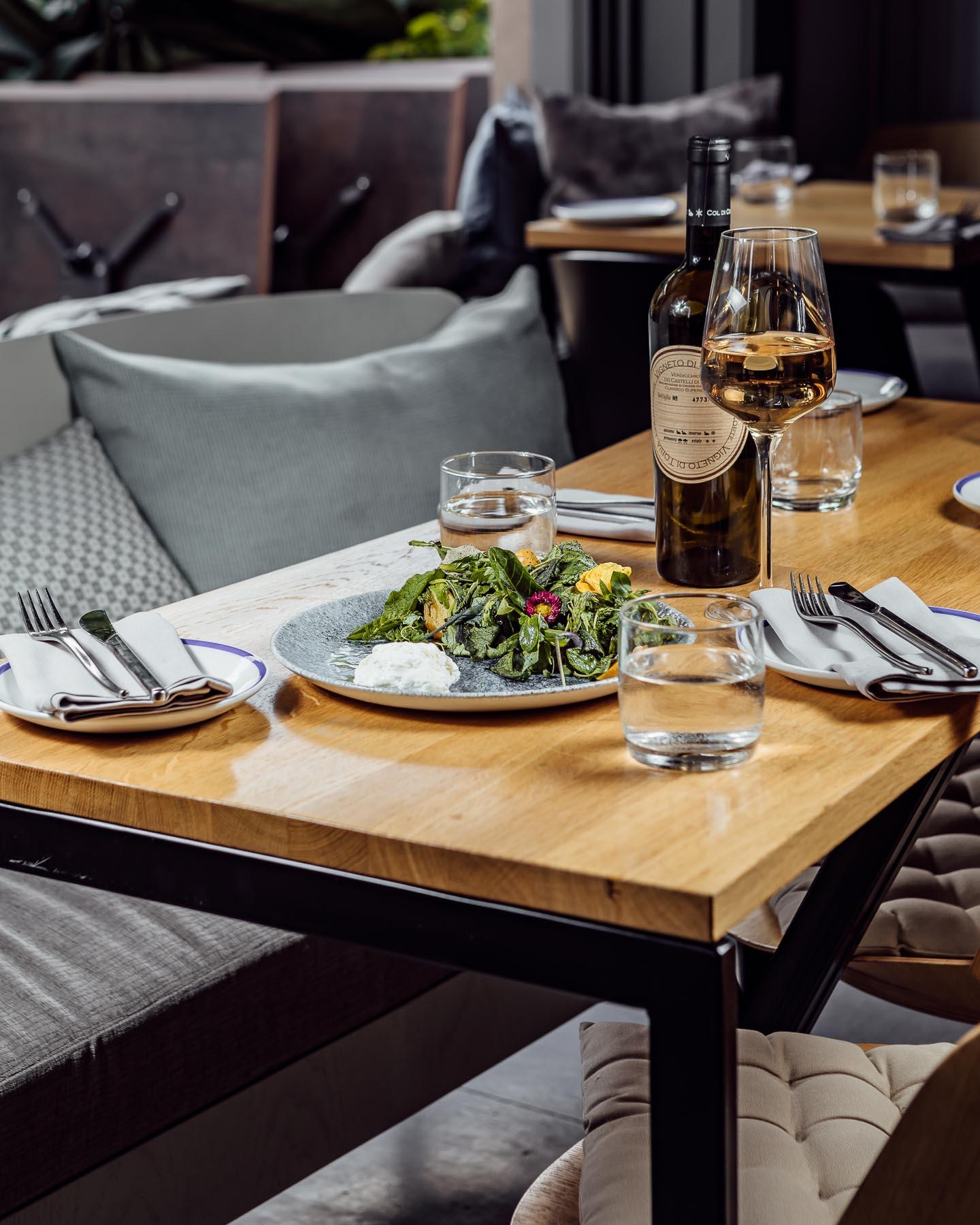 cocktail bar, restaurant, mezze bar